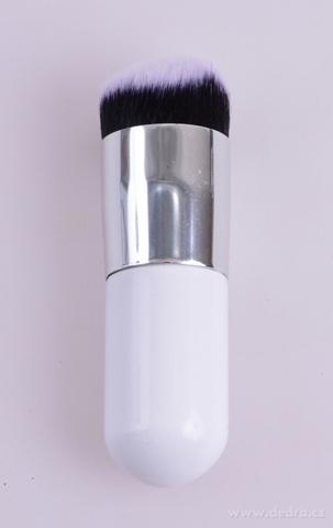 DA15041-ŠTETEC NA MAKE-UP s krátkym vlasom