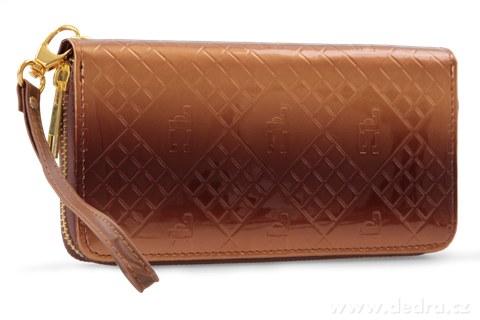 FC67894-Luxusná dámska peňaženka s FC monogramom